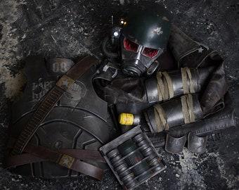 NCR Ranger Helmet+Armor+Raincoat 89c276fe0f97