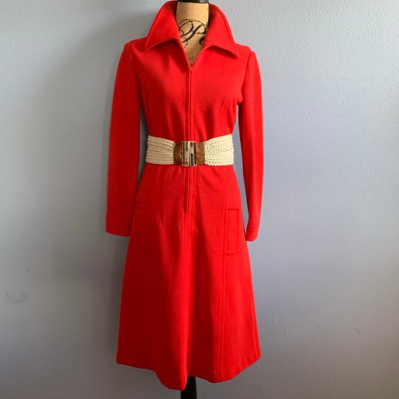 Vintage 60s Red Knit Belted Dagger Pointed Collar