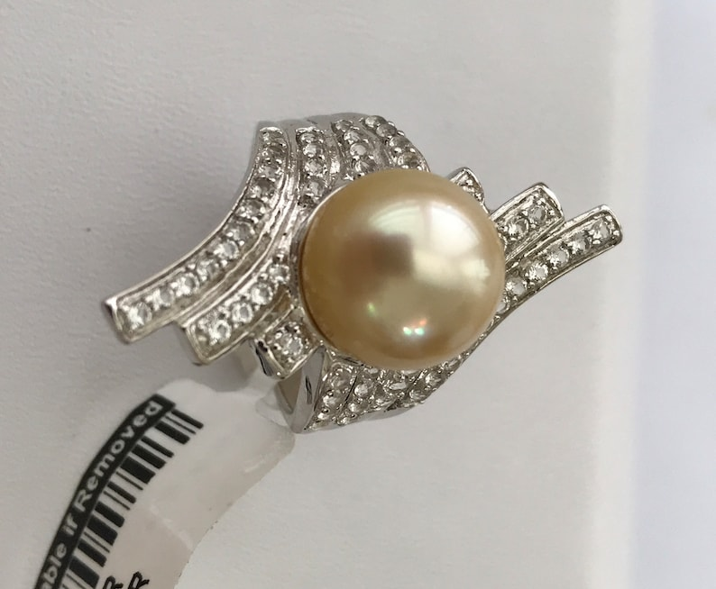Golden South Sea Cultured Round 11.7mm Pearl Ring with White Topaz /& 925 Silver Rhodium plated