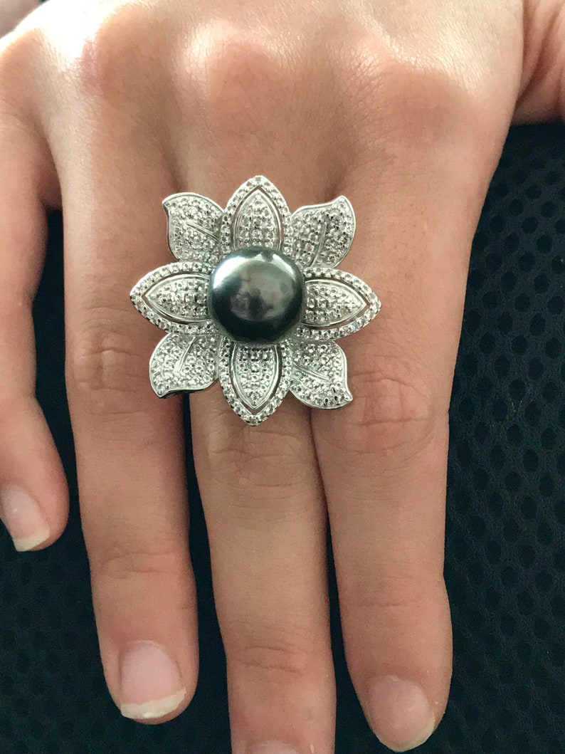 Cultured Tahitian Pearl Ring Floral 12mm Round Natural Colored