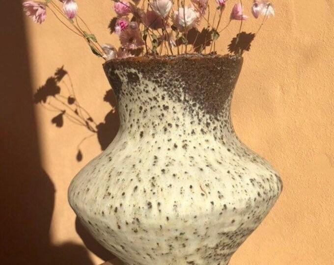 Fuji vase