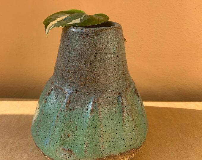 Wakami vase