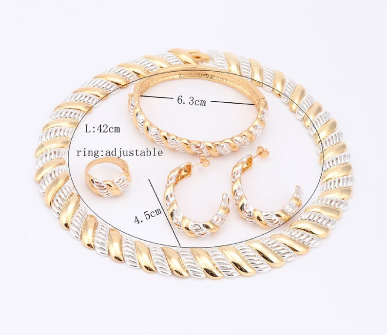 Fashion 18K Gold Plated Charming Women Statement Necklaces Earring Bangle Ring Costume Wedding Jewelry Set