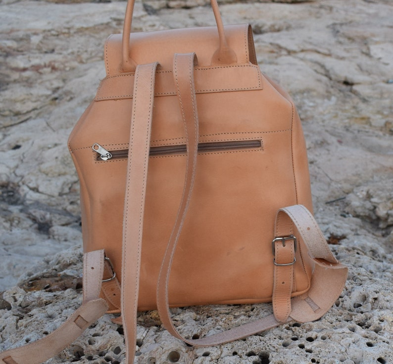 Leather backpack,Large leather backpack.Handmade backpack,College bag,Leather rucksuck,leather travel bag,Natural leather Backpack,rucksuck
