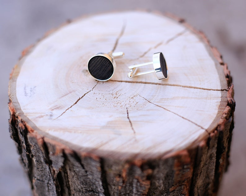 Leather Cuff Link with Etched Wood Grain Design