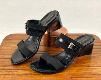 5bb8fddeb8764 Donald J Pliner Leather Elastic Sandal 7M