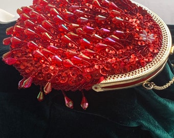Red Beads Sequins Satin Flapper Round Evening Clutch Purse with Chain Strap/Cross-body Evening Clutch Handbag/Special Occasions Clutch Bag