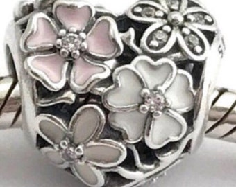 7f9c20afd Pandora, Poetic Blooms Heart bead charm, 925 sterling silver/stamped