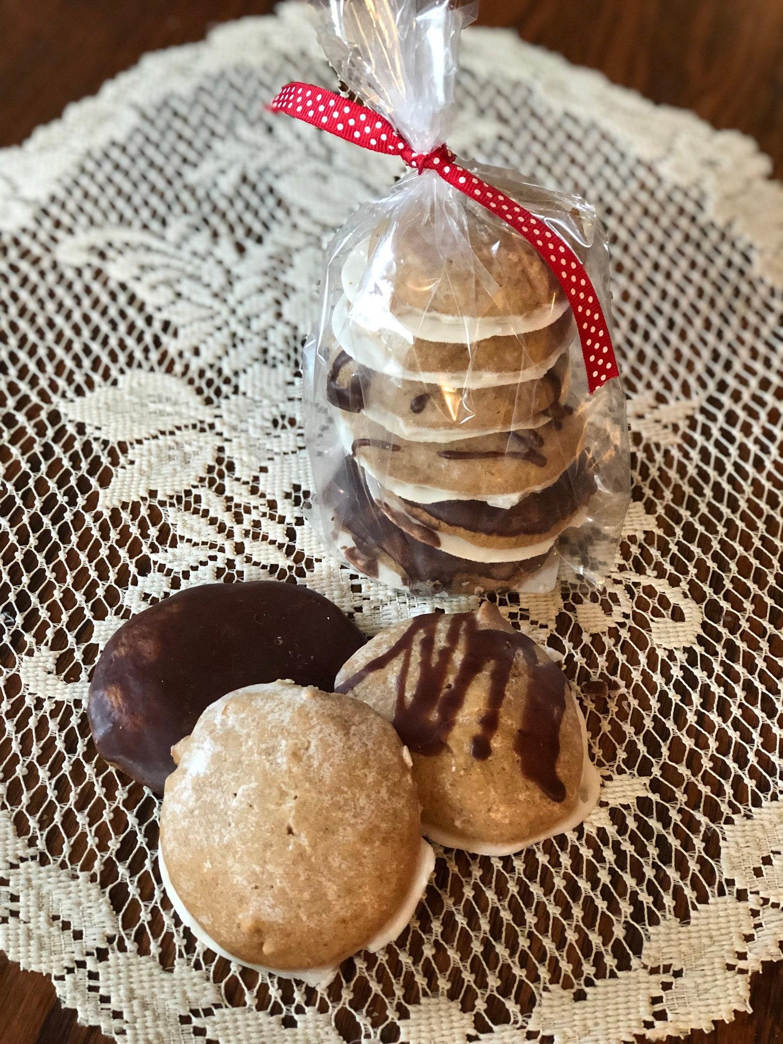 Lebkuchen- German Soft Gingerbread Cookie (6 Per Order)
