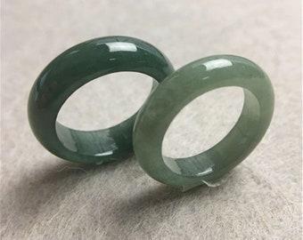 Vintage Natural Green Jadeite Jade Band Ring Size 10