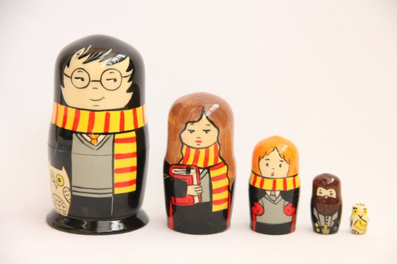 Hand Painted Matryoshka Doll 5pieces Movie Characters Russian Nesting Doll 4.52/'/' or 11.5 cm Kids Gift Kids Room Decor Wood toy
