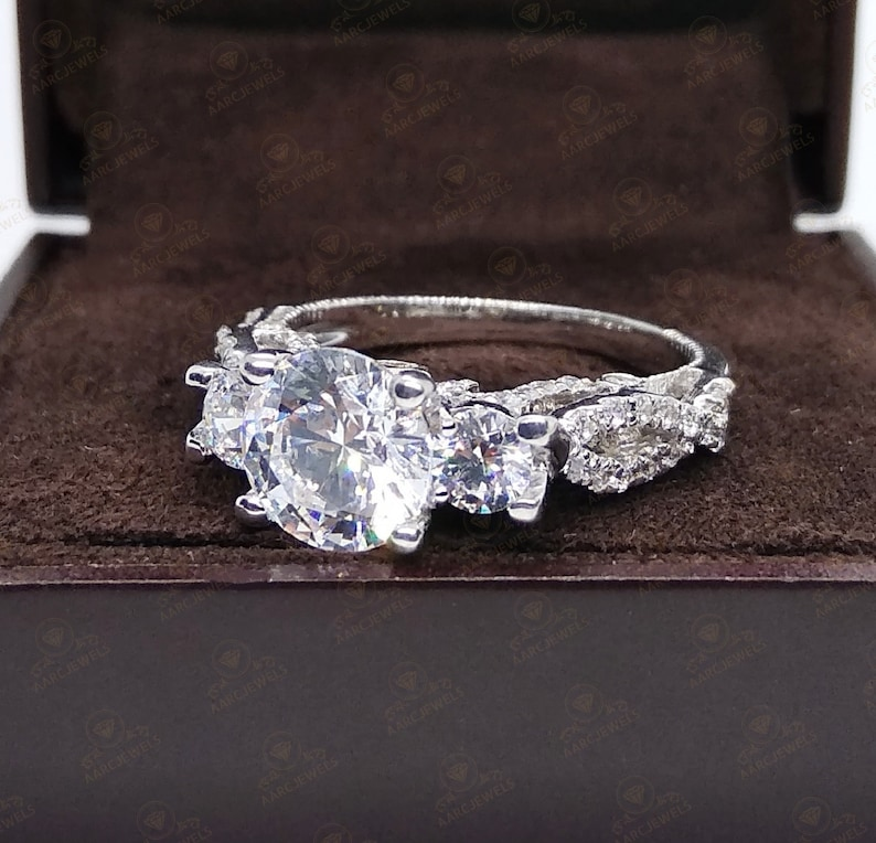 Luxury Ring Anniversary Ring 3.80 Ct Three Stone Round Cut Cz Diamond Fancy Engagement Ring 925 Sterling Silver Wedding Ring