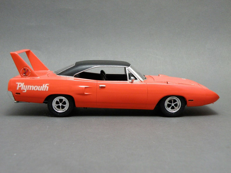 model Streetrod Barn find Muscle Car model car Custom made single Piece CI2-Selbuilt 1970 PLYMOUTH SUPERBIRD-Handmade