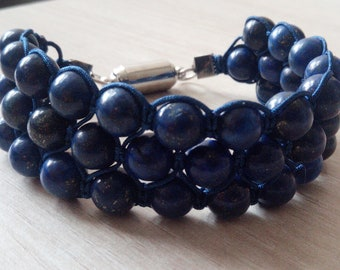 Bracelet Tri-Band of Lapis Lazuli 8 mm with magnetic clasp