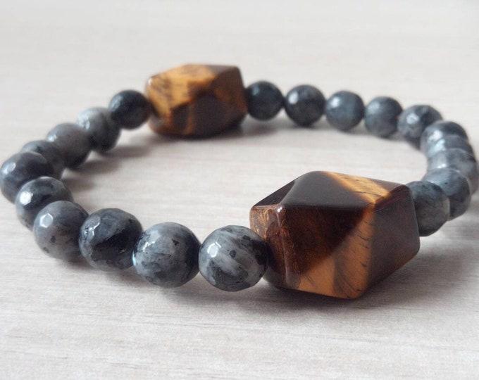 Menhir bracelet in larkavite Labradorite