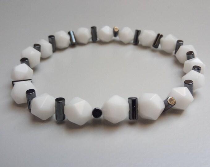 White Onyx bracelet and hematite