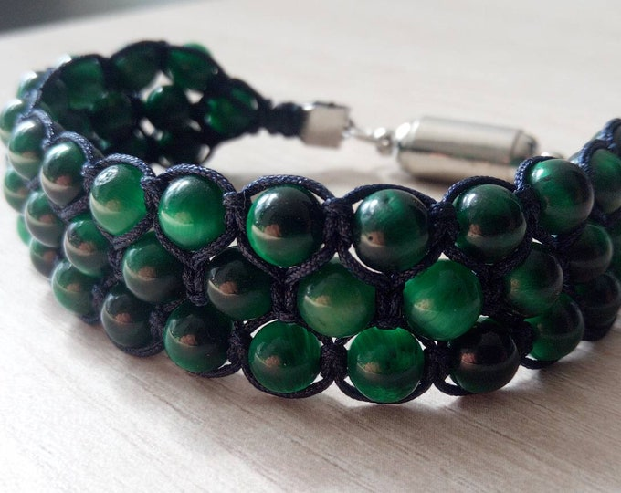 Tri-band cuff in green tiger eye
