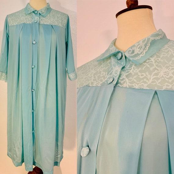 Vintage Blue Henson Kickernick Button Down Nightgo