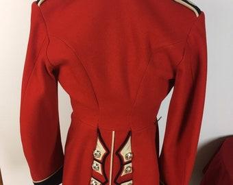 318eb4025e811 British Coldstream Guards Red Uniform Jacket