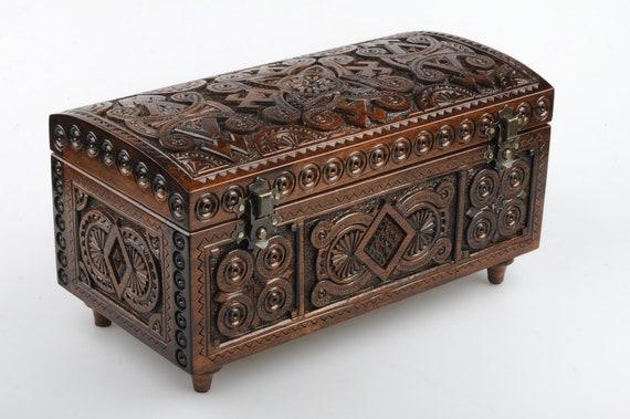Small Chest Trinket Box Curio Box Small Wooden Box Carved Wooden Box Tobacco Box Jewelry Box Vanity Box Keepshake Box Hinged Box