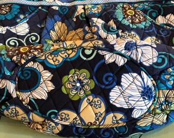 0b087e21e437 Vera Bradley Blue Floral Handbag