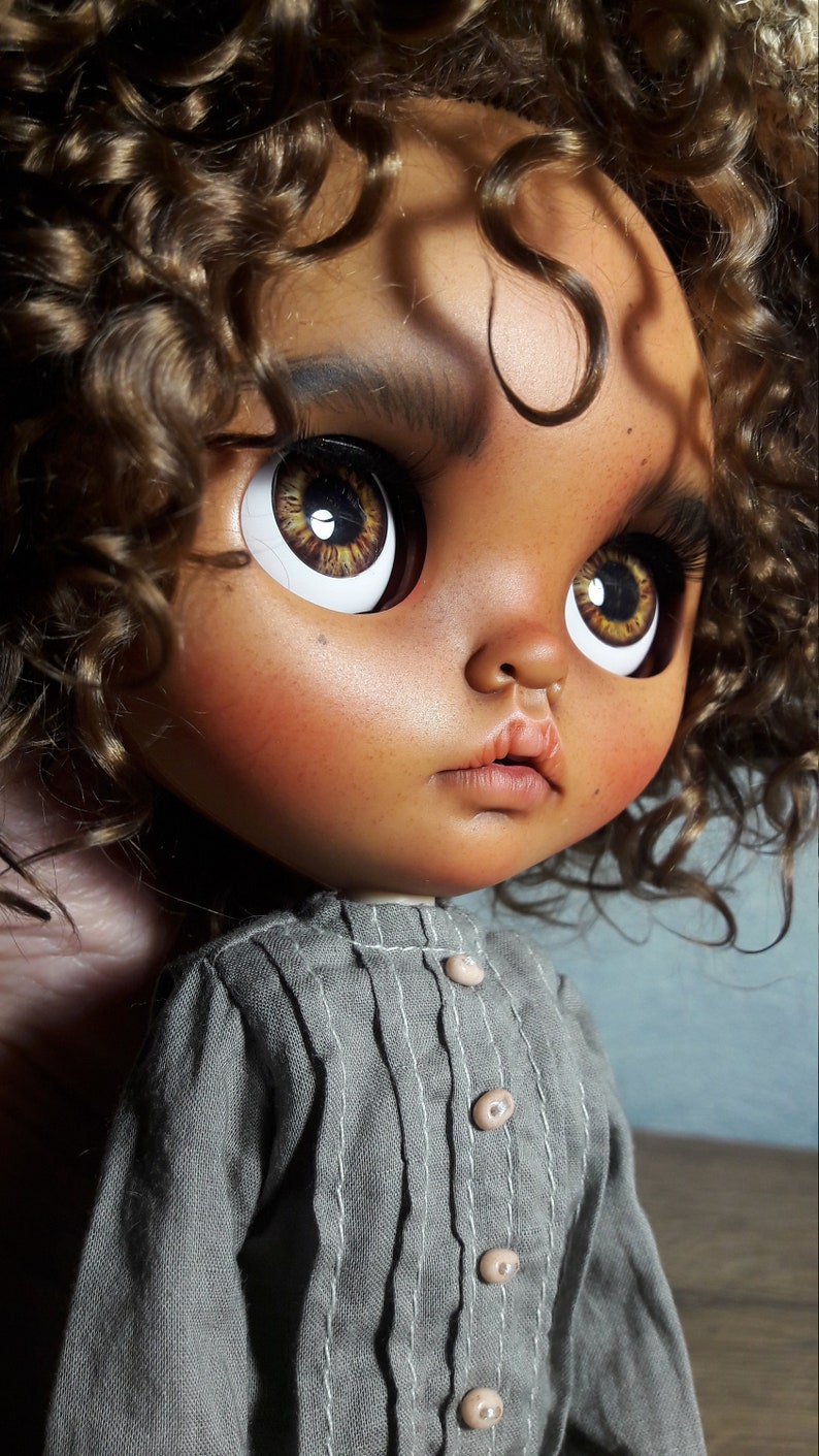 Sold out Custom blythe doll ooak image 2