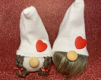 Valentine's day decor, valentines day gift, gnomes, valentine gnomes