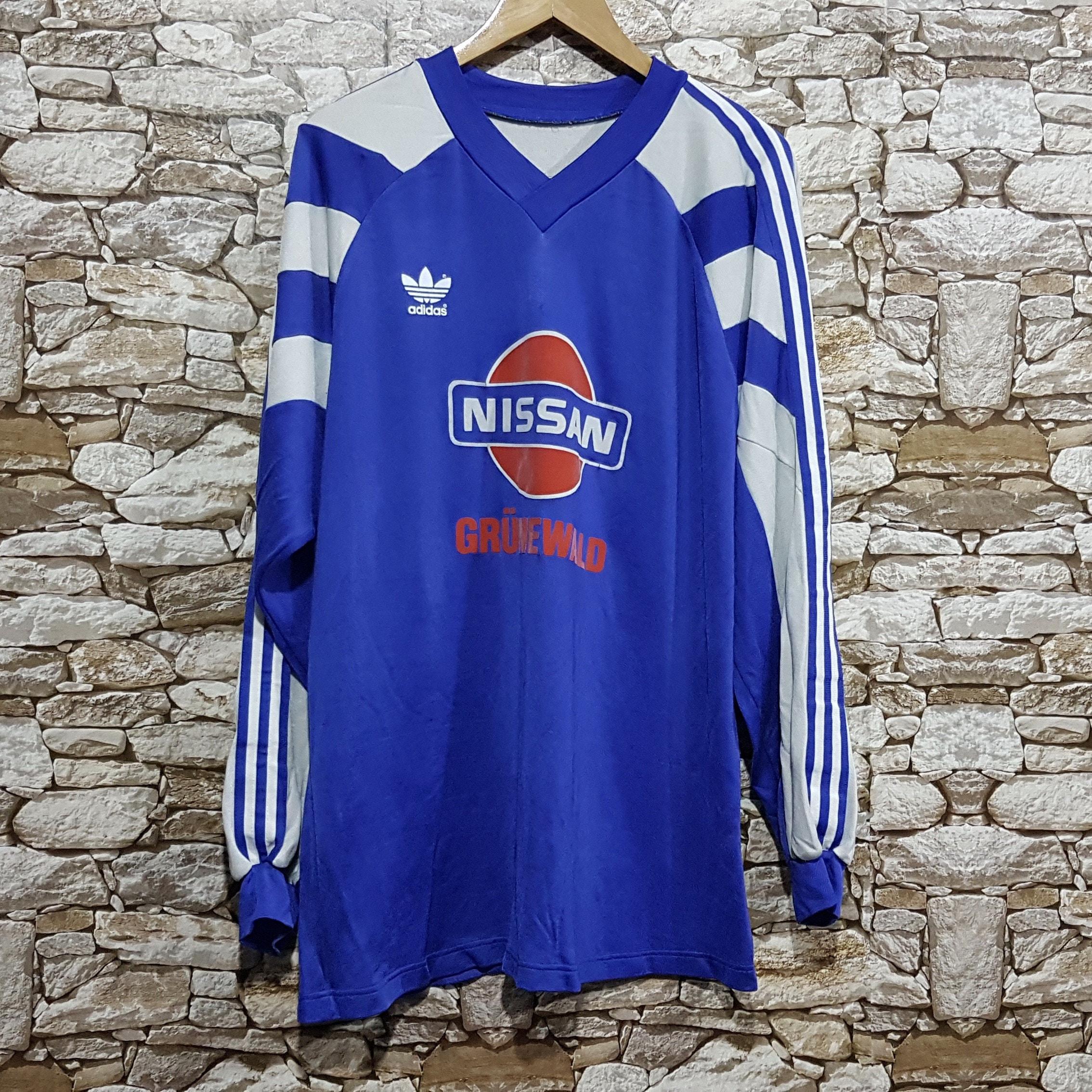 Vintage 90s Adidas NISSAN old school retro shirt Tee men size: XL/Adidas jersey football sweatshirt/Vintage Clothing men