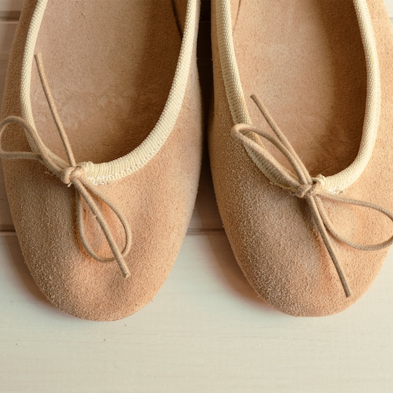 SUPER SOFT beige suede ballet flats