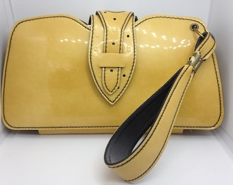 1950s Retro Vinyl Deep Marbled Yellow and Black Clutch with Strap and Two Inner Pockets