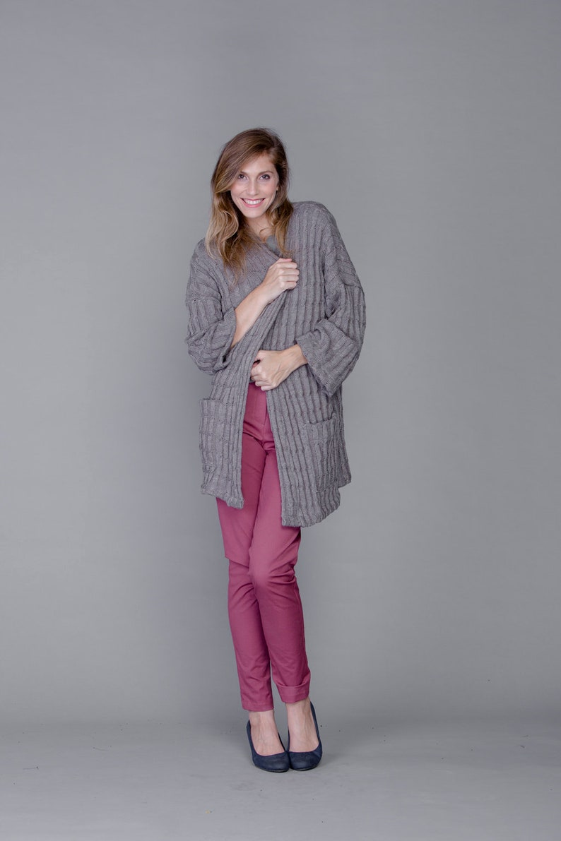 Oversized Sweaters for Women Cardigan with Pockets Winter Sweater Tailored Cardigan Grey Sweater for women Winter Fashion Long Sweater
