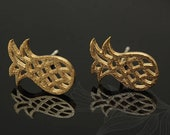 M1262-1 pairs-Gold Plated-Pineapple-Ear Post