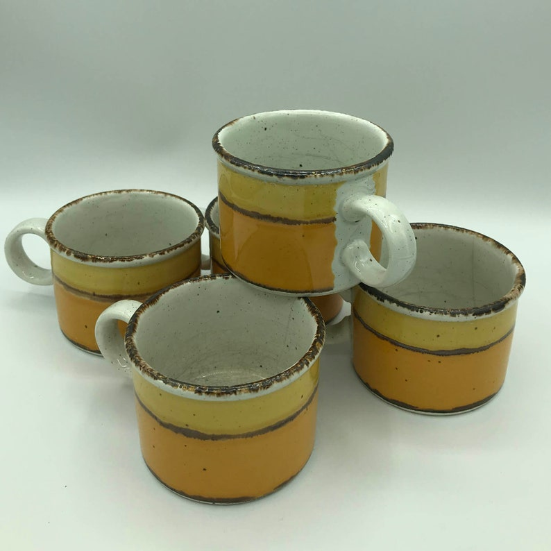 Set of 5 Sun Pattern Fine Tableware for 1970/'s Made in England