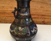 Bronze vase - Japan - ca. 1900 (Meiji Period)