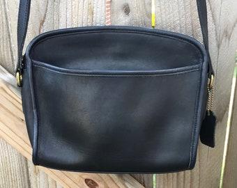 COACH Vintage USA Metropolis Navy Blue Domed Leather Zip 9087 Shoulder Bag  Crossbody Classic c935420b56b49