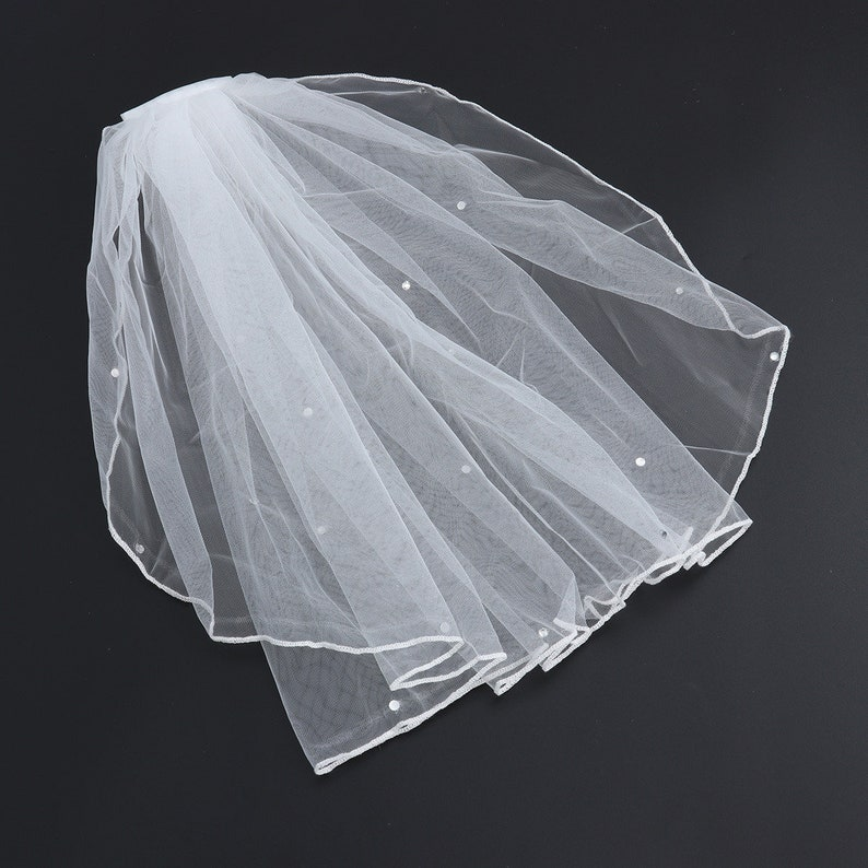 Ivory Off White Short Tulle One Layer Bridal Veil With Crystal Detail