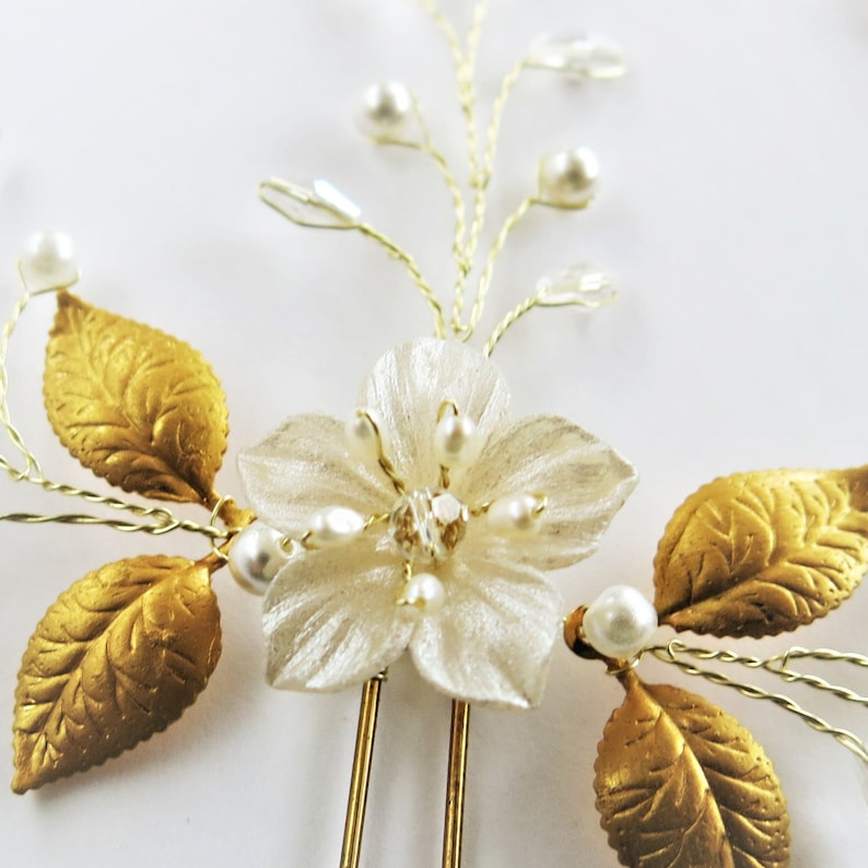 Prom boho headpiece floral with pearl and crystal silver or gold wire Wedding hair vine Bridal hair piece