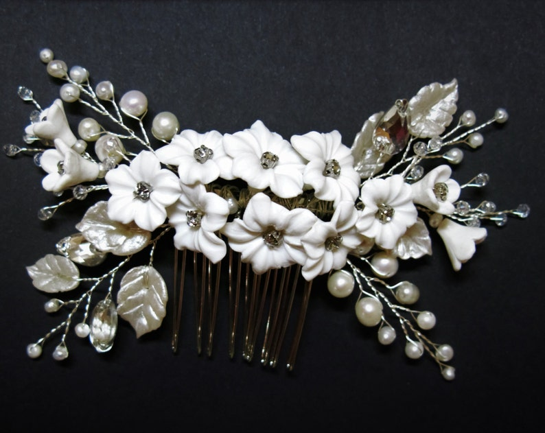 Silver Bride hair comb pearl and crystal leaves Bridal hair piece floral Boho headpiece wedding hair accessories with flower