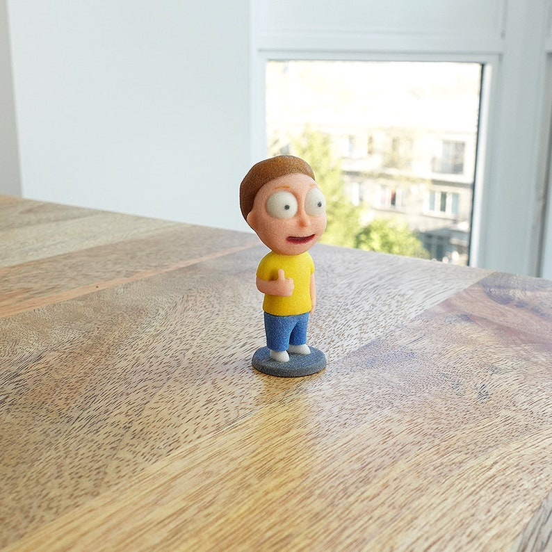 3D Printed Morty from Rick & Morty:  Thumbs up Version image 0