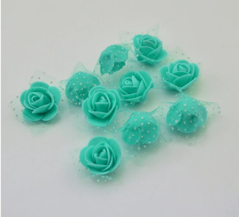 Tulle Decor Teddy Bear of Roses Rose for Scrapbooking 50 pcslot Foam Roses Craft Flores Mini Decorative Roses with Lace