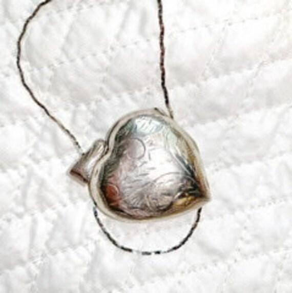 Vintage Heart Shaped Locket Silver Locket/Sterling