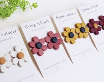 NEW - Small Flower Daisy Earrings in 4 different colours to choose from // Handmade Polymer Clay Jewellery