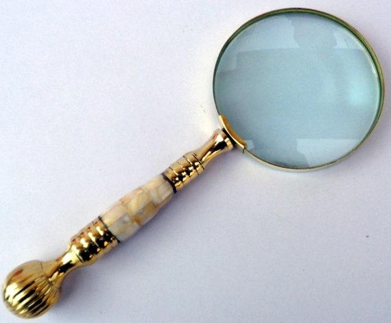Antique Vintage Style Brass Desk Magnifier Magnifying Glass Hand Held Horn Shape