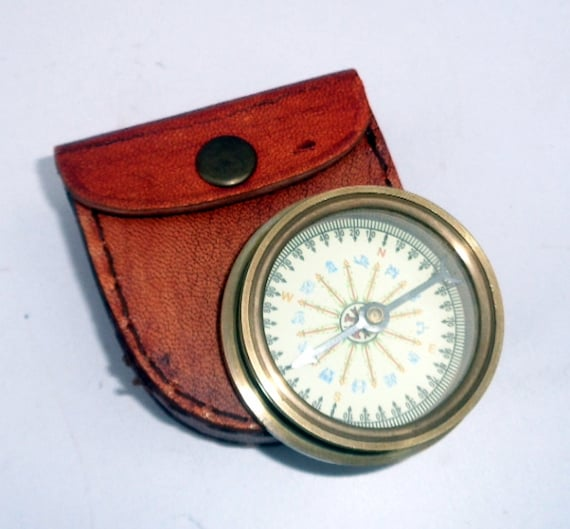 Nautical Vintage Brass maritime Antique Flat Compass w// Leather Case Great Gift