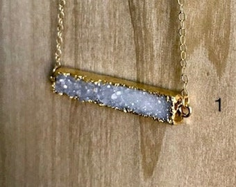 Druzy Horizontal Bar Necklace in White