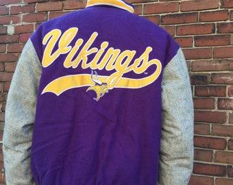 1d8ffb55f Varsity Style Minnesota Vikings Jacket