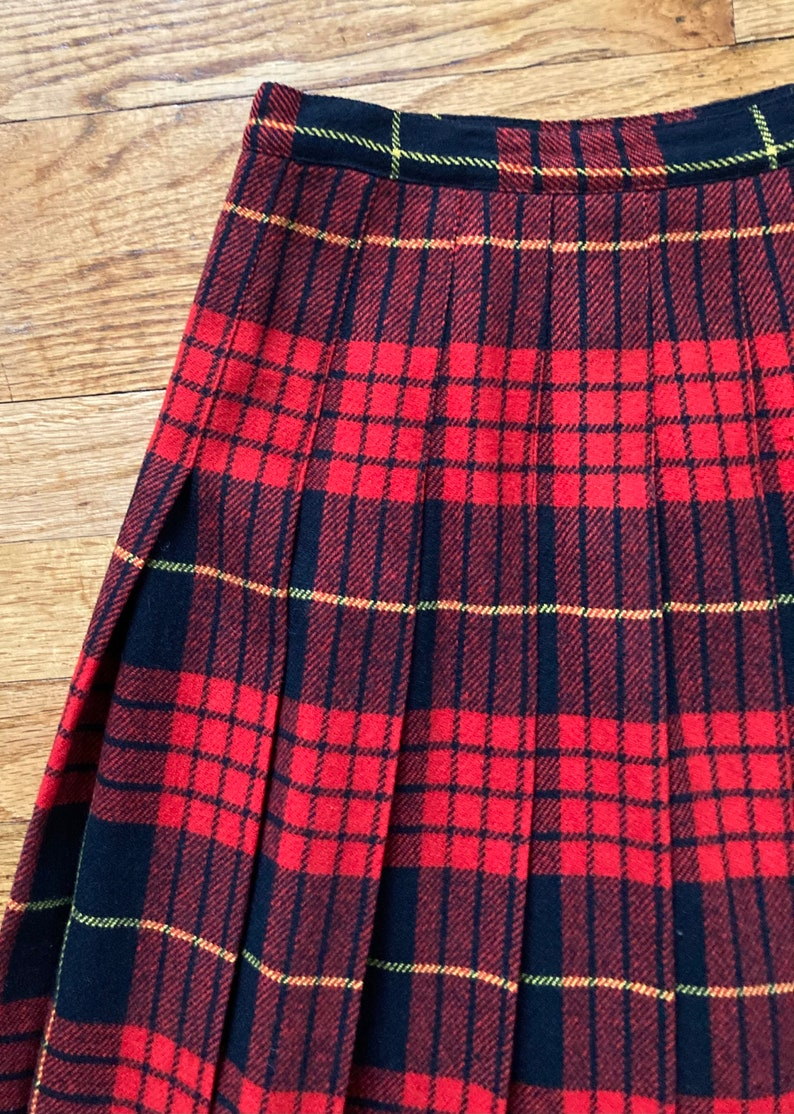 black red plaid checkered retro skirt vintage high waisted wool mod skirt high waist pleated wool skirt grunge punk size 24 inch waist XS