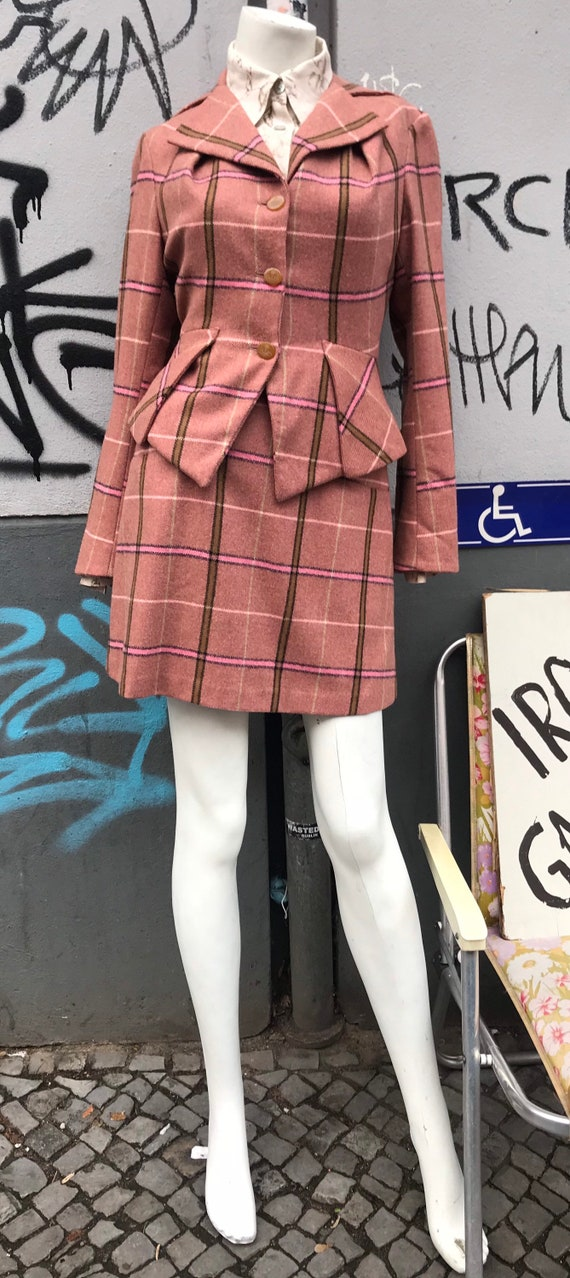 Pretty Vivienne Westwood pink check plaid skirt su