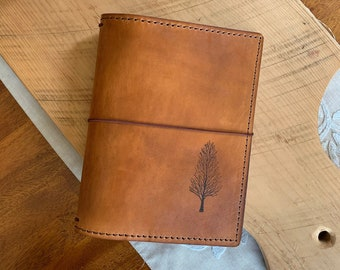 A5 Leather Travelers Notebook with Pockets, Travelers Journal, Handmade Travelers Notebook, Bullet Journal, Travelers Notebook, Leather TN