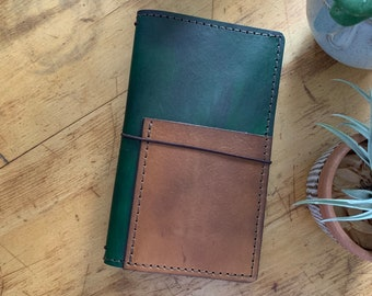 Leather Travelers Notebook with Pockets, Travelers Journal, Handmade Travelers Notebook, Bullet Journal, Personalized Leather, TN